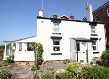 Thumbnail 2 bed cottage for sale in Dee View Road, Heswall, Wirral