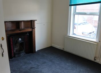 Thumbnail 1 bed flat to rent in Double Street, Spalding