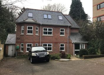 Thumbnail 2 bed flat to rent in Cox Hollow, Reading, Berkshire