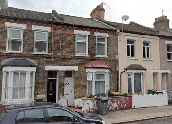 Thumbnail 3 bed terraced house to rent in Upper Road, Paistow