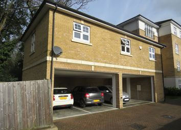 2 bed property for sale in Elliot Road, Watford WD17