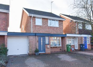 3 bed link-detached house for sale in Makepeace Avenue, Warwick CV34