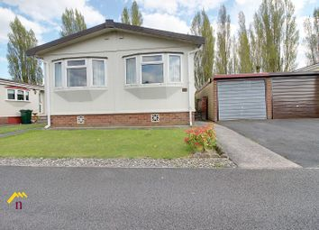 Thumbnail 2 bed mobile/park home for sale in Palm Grove Court, Thorne, Doncaster