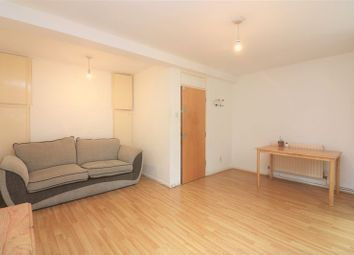 3 bed maisonette to rent in Ames House, Bow E2