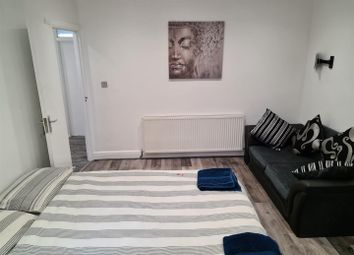 Room to rent in St. Anselms Road, Hayes UB3