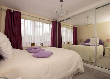2 bed maisonette for sale in Eagle Terrace, Woodford Green, Essex IG8