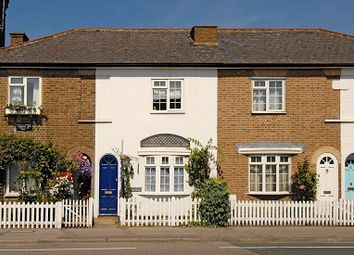 Thumbnail 2 bed cottage to rent in Portsmouth Road, Thames Ditton