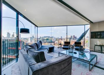 Thumbnail 3 bed flat to rent in Holland Street, London