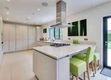 Thumbnail 3 bed detached house for sale in Hardwick Road, Hildenborough, Tonbridge