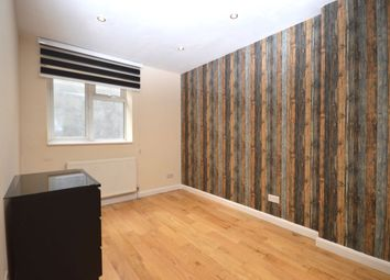 Thumbnail 2 bed flat to rent in Amersham Vale, London