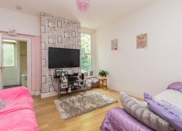 Thumbnail 4 bed maisonette for sale in Fleetwood Avenue, Westcliff-On-Sea
