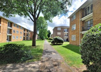 2 bed flat to rent in Lark Avenue, Staines-Upon-Thames, Surrey TW18