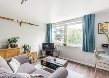 Redfern, Ewell Road, Surbiton KT6. 1 bed flat
