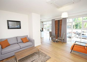 Thumbnail 1 bed flat to rent in Chertsey Road, Twickenham