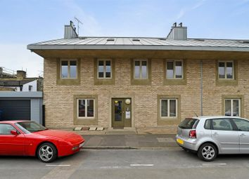 Amey Court, Grosvenor Rise East, Walthamstow, London E17. 1 bed flat for sale