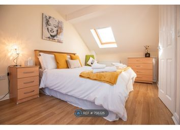 2 bed flat to rent in Temple Road, Oxford OX4