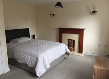 Thumbnail 2 bedroom shared accommodation to rent in Warmstry, Bromsgrove