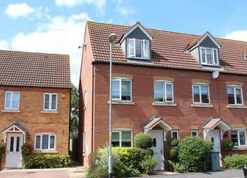 Thumbnail 3 bed town house to rent in Rosemary Avenue, Market Deeping