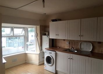 Thumbnail 2 bed flat to rent in Lodge Avenue, Dagenham.