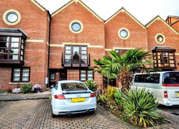 Thumbnail 3 bed property for sale in Wellowgate Mews, Grimsby