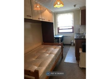 Room to rent in Collingham Road, London SW5