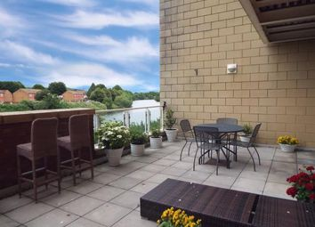 2 bed flat for sale in Penstone Court, Chandlery Way, Cardiff, Caerdydd CF10