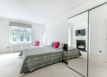 Thumbnail 3 bed flat to rent in Kensington Court, Kensington, London W85Be