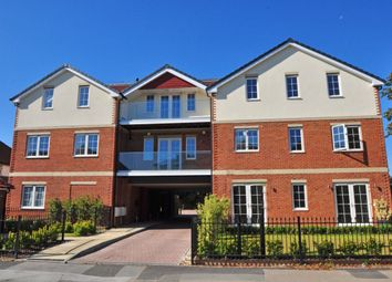 Thumbnail 2 bed flat to rent in Yew Tree Close, Craufurd Rise, Maidenhead