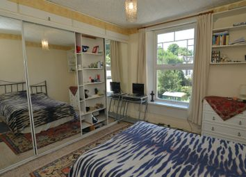 Thumbnail 6 bed terraced house for sale in Ferme Park Road, Stroud Green