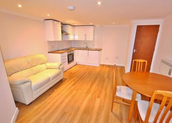 2 bed maisonette to rent in Woodbridge Road, Guildford, Surrey GU1