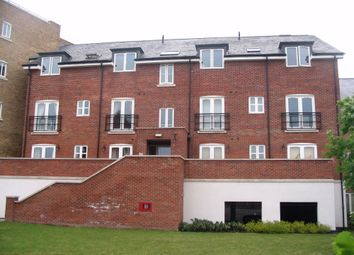 Thumbnail 2 bedroom flat to rent in Aveley House, Iliffe Close, Reading, Berkshire
