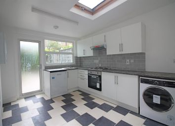 Thumbnail 1 bedroom flat to rent in Colenso Road, London