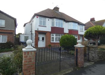 Thumbnail 1 bed flat to rent in Lindenthorpe Road, Broadstairs