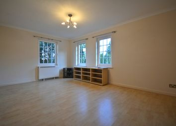 Thumbnail 1 bedroom flat to rent in Foxhill, Bracknell
