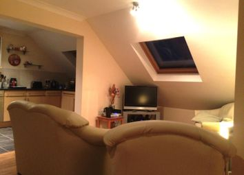 Thumbnail 2 bed property to rent in Lumley Road, Horley