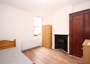 Thumbnail 3 bed maisonette to rent in Langton Road, London