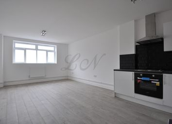 Thumbnail 3 bedroom flat to rent in High Street, Slough