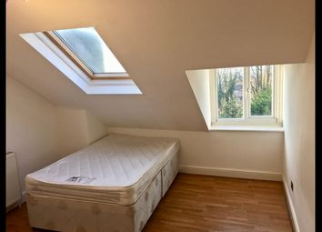 Thumbnail 2 bed flat to rent in The Grove, Finchley Central