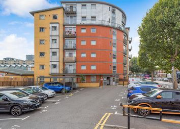 Thumbnail 2 bed flat for sale in Cairns House, Wandsworth Bridge Road, Fulham
