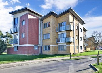 2 bed flat for sale in The Farrows, Maidstone, Kent ME15