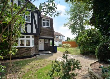 Thumbnail 3 bedroom property for sale in Raydean Road, Barnet