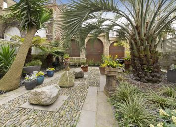 Thumbnail 3 bed property to rent in Monmouth Road, London