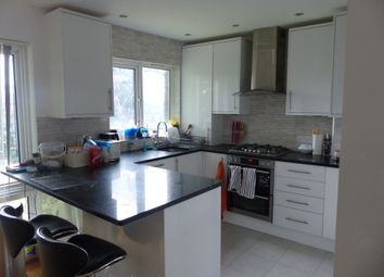 Thumbnail 2 bed maisonette to rent in Turnpike Link, Croydon
