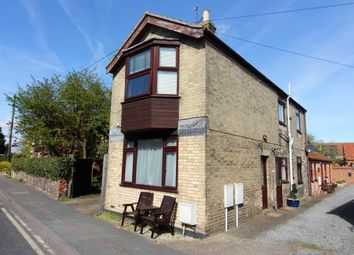Thumbnail 1 bedroom flat to rent in High Street, Kessingland