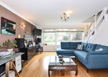 Thumbnail 2 bed maisonette for sale in Lima Court, Bath Road, Reading