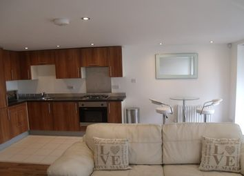 Thumbnail 1 bed flat to rent in Lochburn Gate, Glasgow