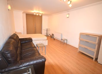 Thumbnail Room to rent in Millenium Drive, London