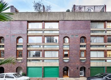 Thumbnail 5 bed town house to rent in Wallside, Barbican