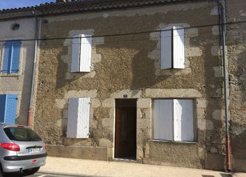 Thumbnail 5 bed property for sale in Midi-Pyrénées, Gers, Saint Clar