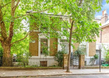 Thumbnail 2 bed flat for sale in Thornhill Road, Islington